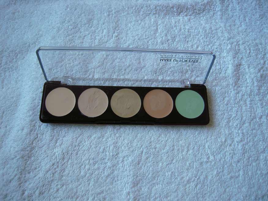 Make Up For Ever Camouflage Palette